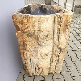 Handmade freestanding washbasin made of natural stone Ley