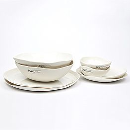 Luxury Design 24-Piece White Porcelain Dishes Service - Arciregale